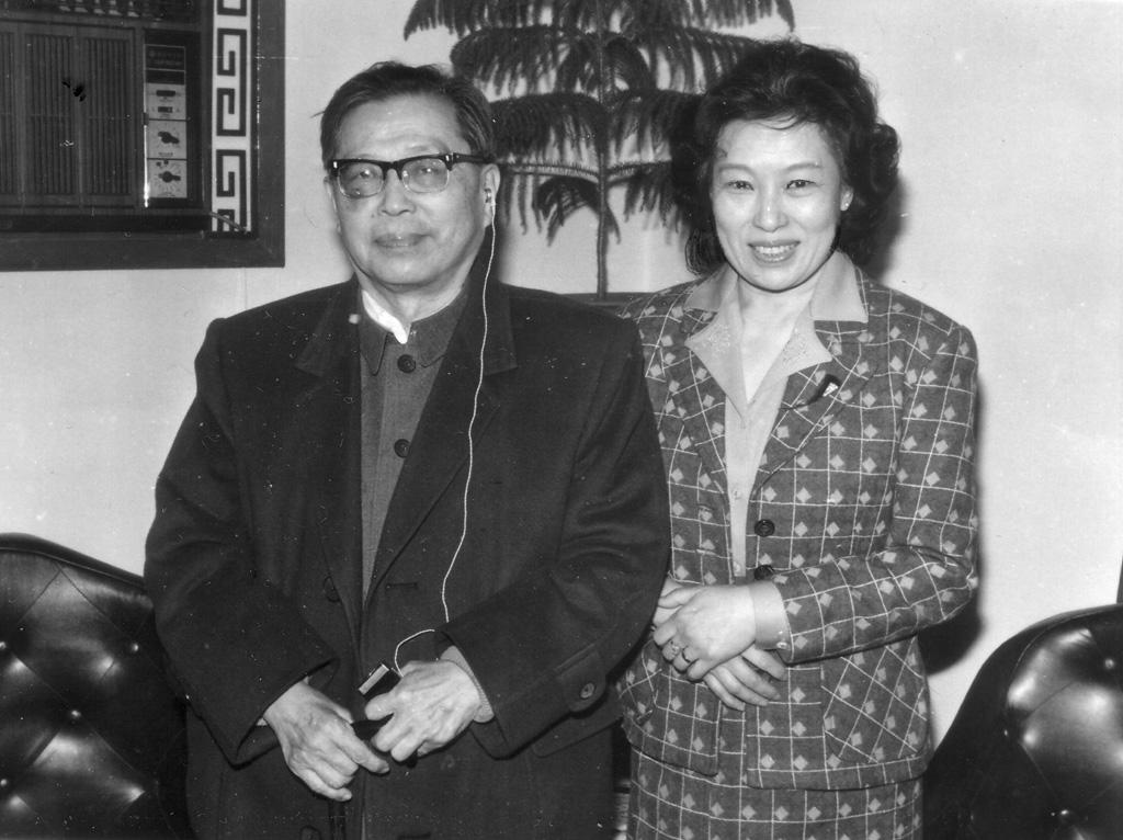 1986和曹禺合影