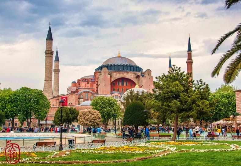 伊斯坦堡聖蘇菲亞大教堂 ( 攝影: 侯立和)