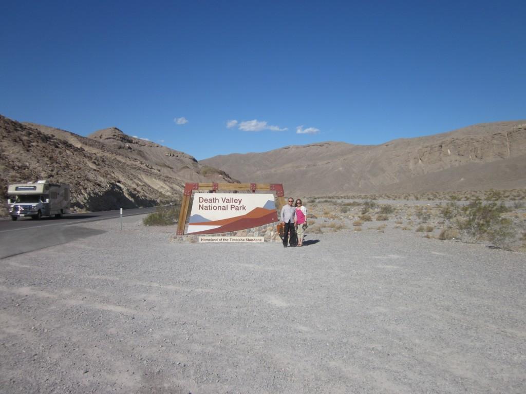 死亡谷國家公園入口處。