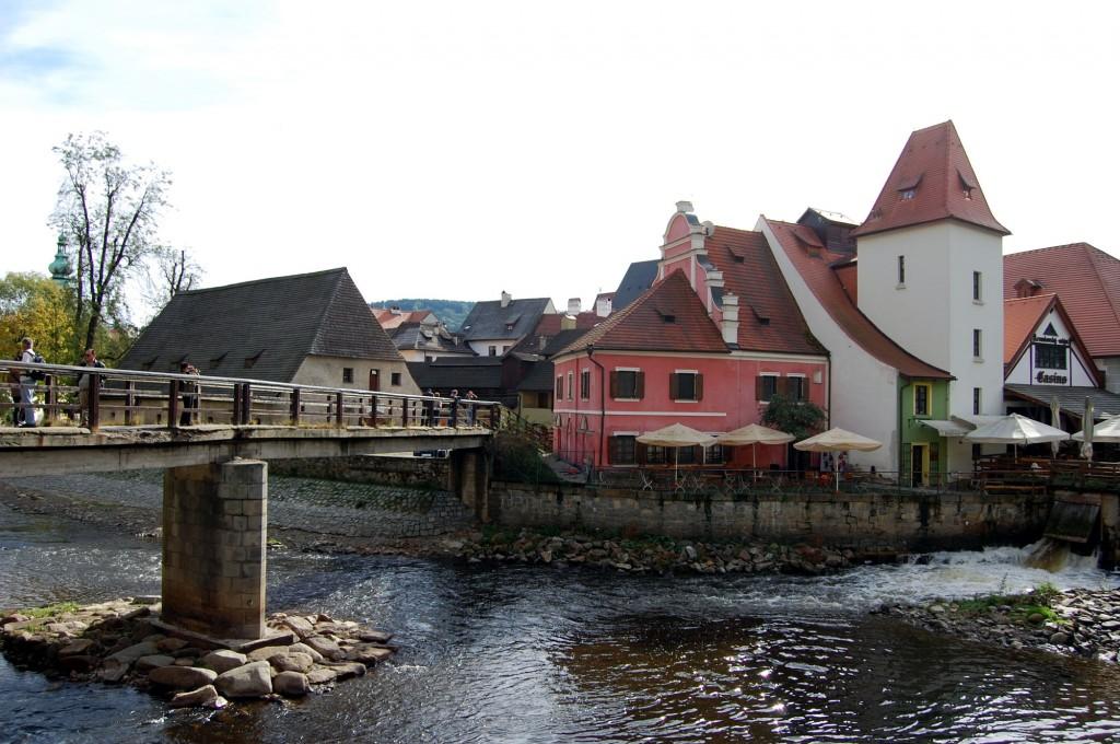 克盧洛夫城堡的護城河