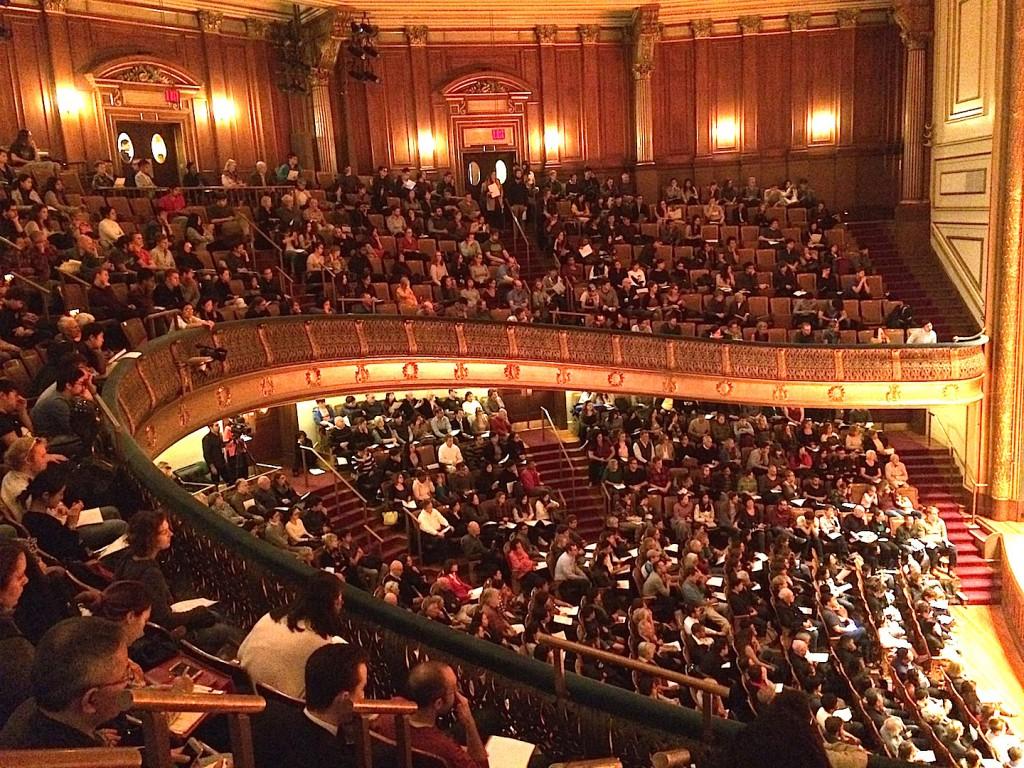 波士頓 紐英倫音樂學院 (NEC)的喬頓廳 (Jordan Hall) 擠滿慕名而來的聽眾